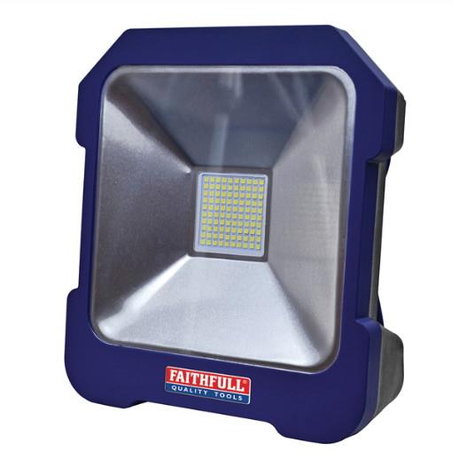 Faithfull FPPSLTL20 SMD LED Task Light; Power Take-Off Socket; 20 Watt; 240 Volt